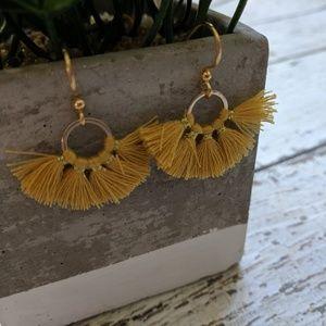 Jewelry - Mustard yellow & Gold fanned fringe earrings